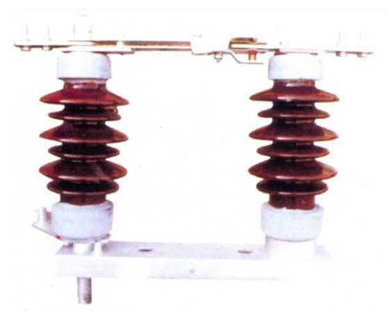 GW4-12\15kV双铜排型户外高压隔离开关